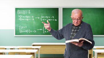 When Should a Teacher Retire?