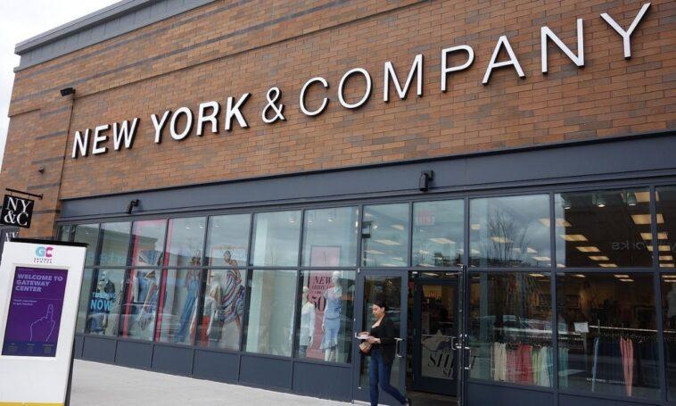 New York & Company Teacher Discount