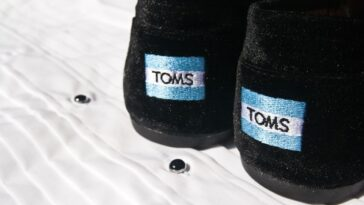 TOMS Shoes Teacher Discount