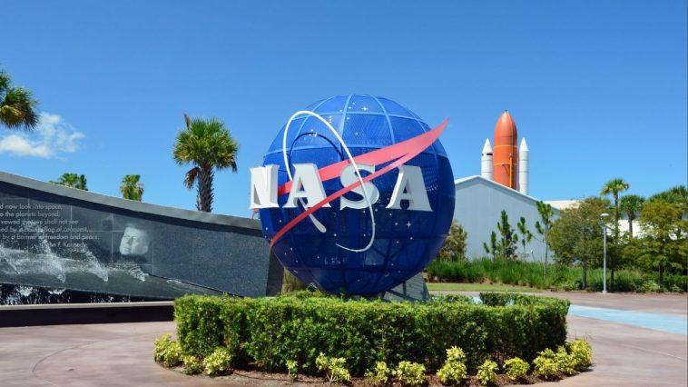 Kennedy Space Center Visitor Complex Teacher Discount